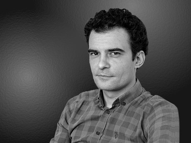 Bogdan - Senior Editor, Progresiv
